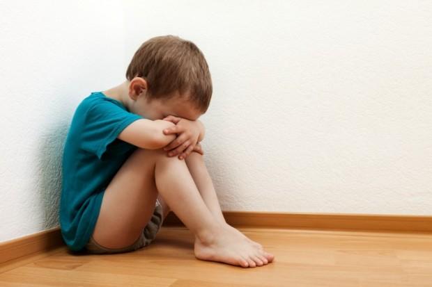 crianca-de-castigo-620x413