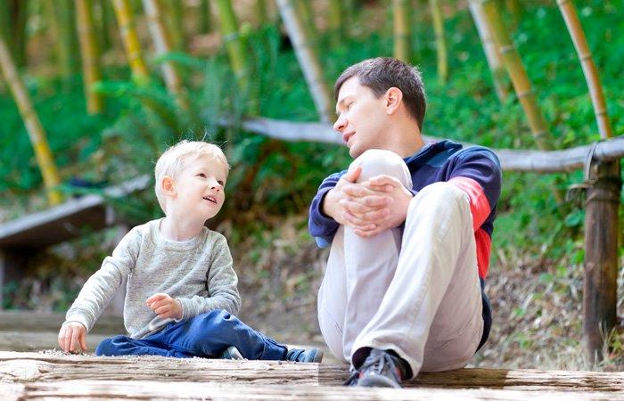 padre-hablando-con-su-hijo